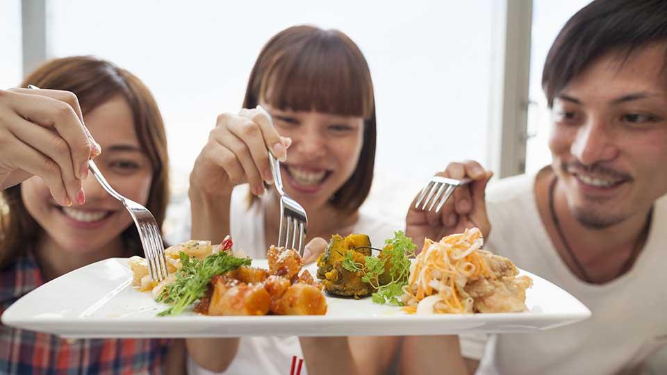 Tăng lượng calo nạp vào để thúc đẩy tăng cân