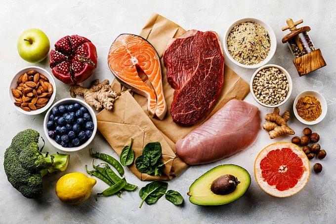 Thức phẩm lành mạnh và chứa ít calories nên được ưu tiên sử dụng