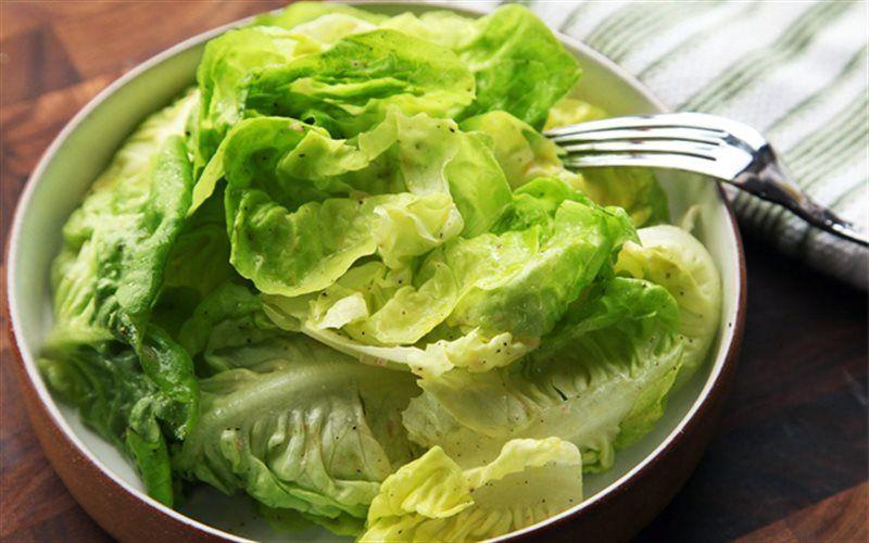 Xà lách chứa nhiều vitamins và ít calorie